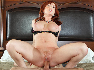 MILF Brittany O'Connell Fucking her Neighbor