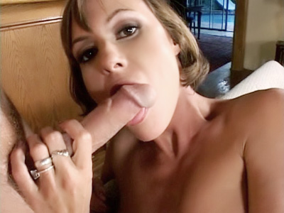 Sexy MILF Mouthing a Big Cock